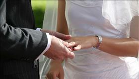 נישואים אזרחיים: 72% מהיהודים בעד, 57% מהערבים נגד